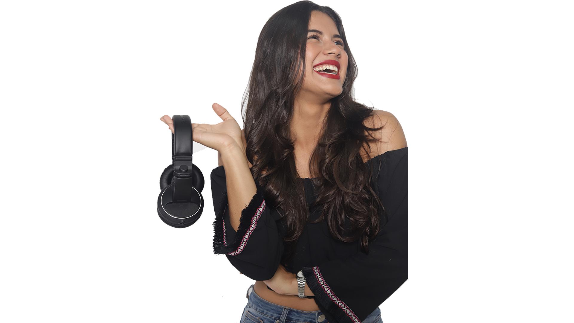 MELY CORTES DJ